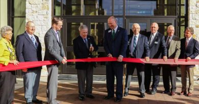 Ribbon-Cutting Ceremony for Texas Education Center