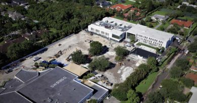 Moss Celebrates Expansion of Temple Day School in Florida